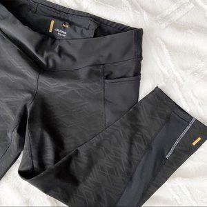 Lucy Crop Legging Black Geometric Pockets Athletic